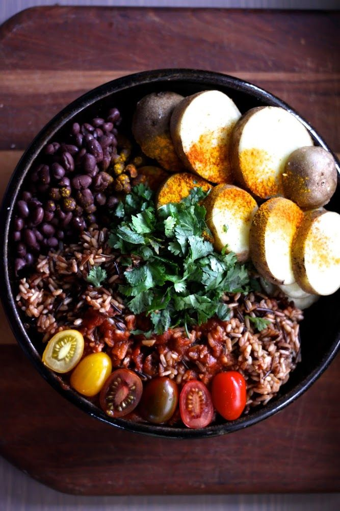 Wild Rice w/ Black Beans, Cherry Tomatoes + Steamed Potatoes | This Rawsome Vegan Life | There's a whole lotta somethin' going on in this bowl of #vegan goodness. #recipe