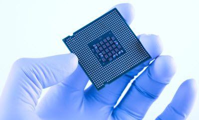 Top 5 Reasons for Silicon Uses in Electronics as a Semiconductor Material  Silicon uses widely as a semiconductor material due to its high abundance, moderate band gap, easy fabrication, crystal structure and silicon dioxide.