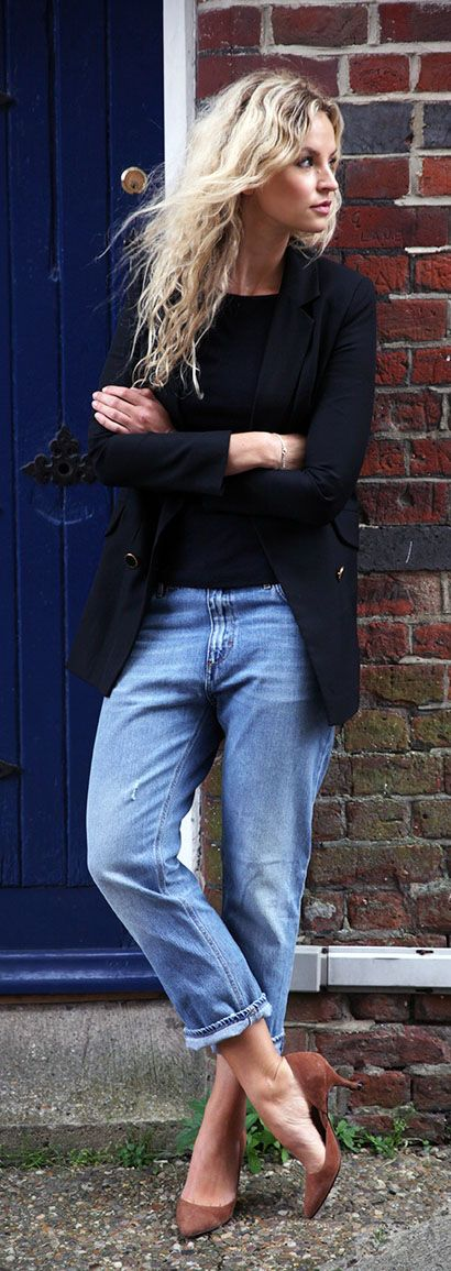 Just The Design: Anouk Yve is wearing a well worn jeans from Acne, black long blazer from Nicole Farhi, a round neck black top from Zara and the brown shoes are from Ganni