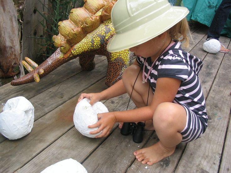 Hatching Dragon Eggs!!- Minka Gantenbein Put little toy dragon in balloon, cover it in paper mâché