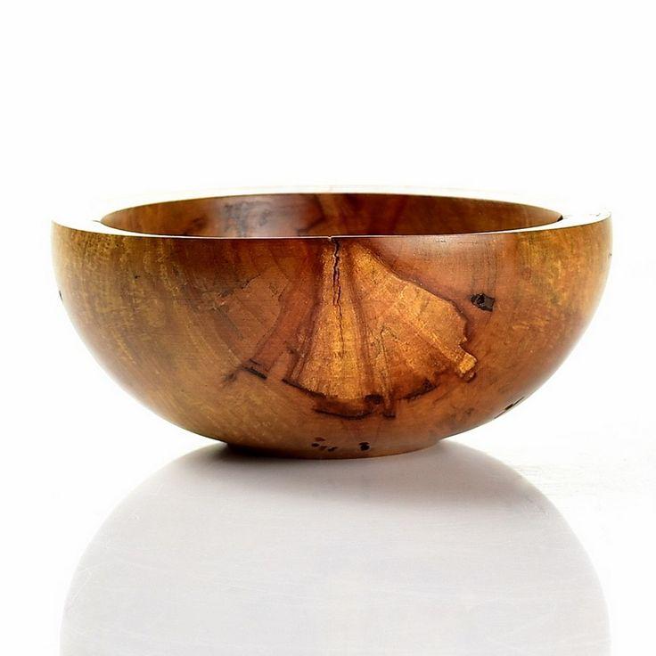 Miska ze śliwy / Plum wood bowl #toczenie #toczeniewdrewnie #woodworking #woodturning #wooddesign #drechseln #handcraft #woodenbowl #bowl #wood #woodshop #woodart #drewno #zdrewna #drewnianeprzedmioty #misy #miska #misyzdrewna #śliwa #plumwood #recznierobione #rękodzieło #handmade #donitza #homedecor #interiordesign #dekoracja