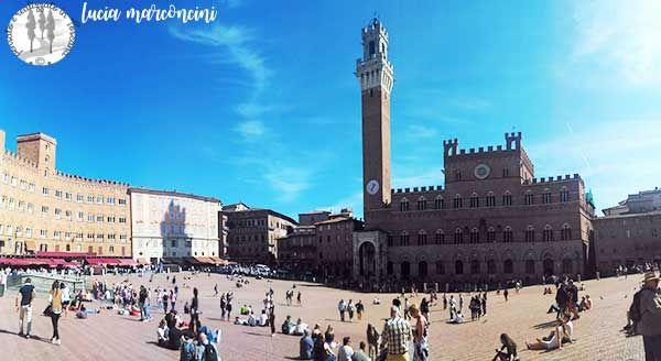 In giro per Siena https://iliveintuscanyistantidiluciamarconcini.com/2016/10/13/in-giro-per-siena/ #siena #toscana #palio #piazzadelcampo #torredelmangia