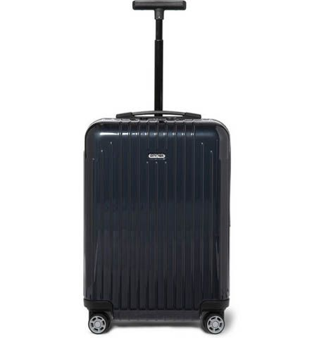 Valise: Décembre 2013 - Valise à roulettes, Rimowa. DR / Suitcase: December 2013 - Wheely suitcase, Rimowa. DR @plumevoyage     www.romowa.de #valise #suitcase #voyage #travel #plumevoyage #rimowa