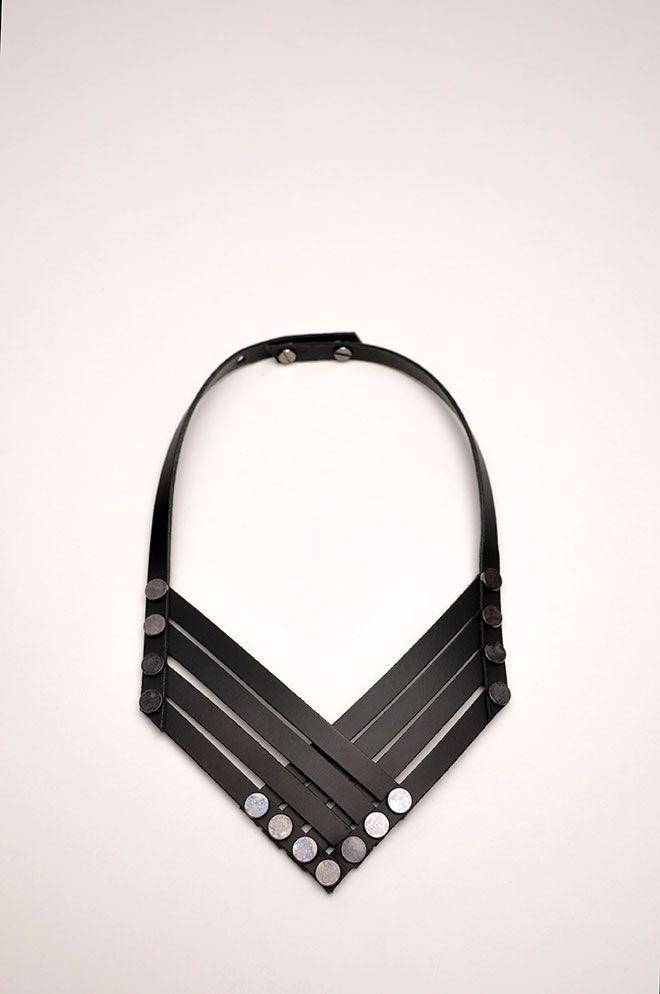 Aumorfia | Linear_A |  VX_necklace
