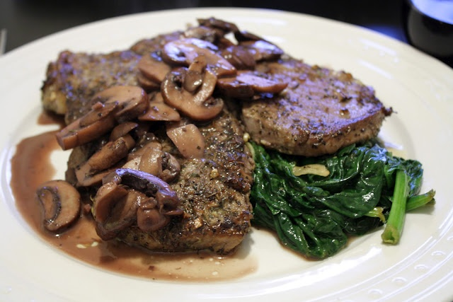 Lemon/Garlic/Herb Marinated Steak with Mushrooms in a Red Wine ...