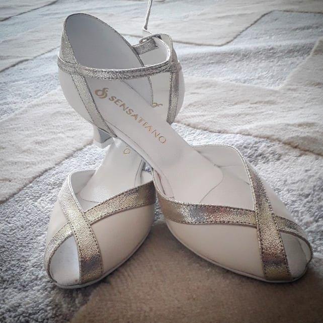 Magda Twierdzi Ze Jej Buty Alice Sa Zarowno Piekne Jak I Wygodne Dziekujemy Za Fotki Sensatiano Buty Butyslubne Butyslubne Slubnota Shoes Heels Fashion