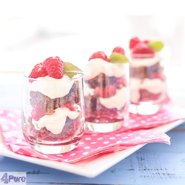 Raspberry Brownie tiramisu  - English recipe - The soursweet raspberries, creamy mascarpone and sweet chocolate brownie, a tiramisu so refreshing and yet so delicate. Super!