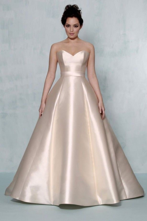 350 best Best Wedding Dress For Short Bride images on Pinterest ...