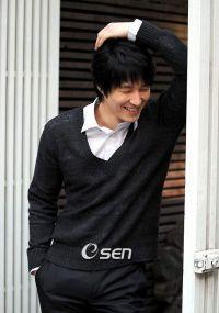 Sim Hyeong-tak (심형탁, Korean actor) @ HanCinema :: The Korean Movie and Drama Database