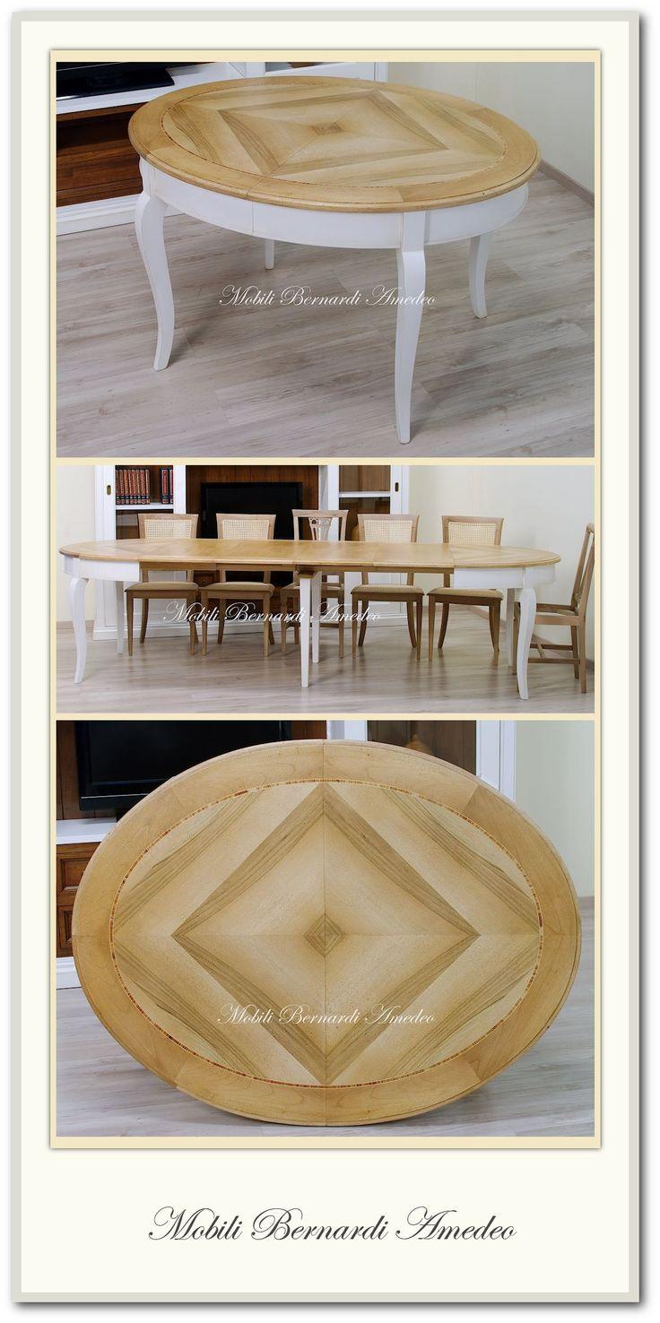 Oval dining table, classic style, bi-colored, 4 extension leaves - Tavolo ovale bianco anticato e noce chiaro con 4 allunghe.