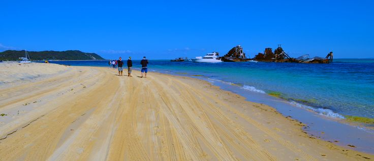 Take a spin on the #beach at Moreton Island in your #4WD