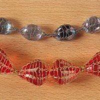 Tricotin avec insertion de perles à l'intérieur du tricotin - Magicmaman.com