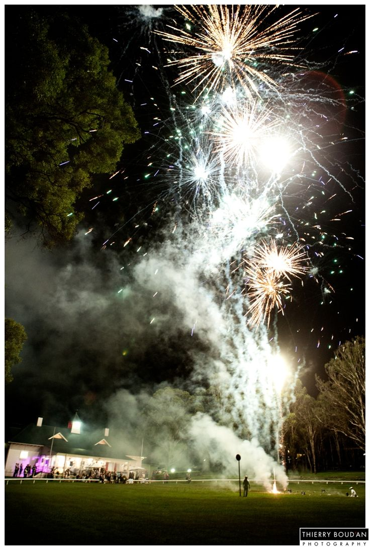 Fireworks at Wandin Hunter Valley | Aurora Fireworks | Image: Thierry Boudan