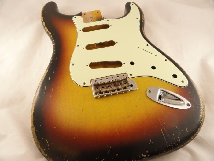 8 - 3 Tone Sunburst