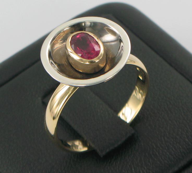 Rubbelite Dish ring commission using grandmothers wedding band, Black rhodium plate internal dish ss