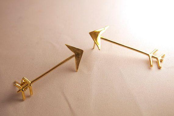 Arrow Upside -down earrings Gold-plated Brass.