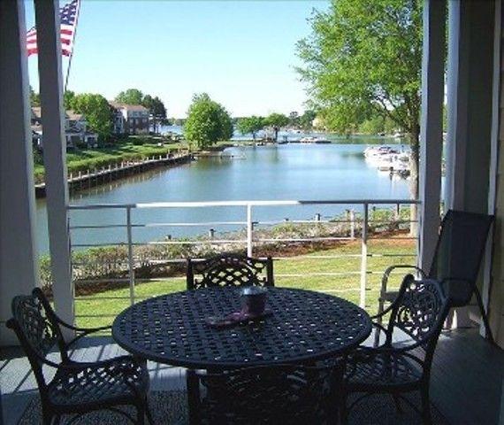 Charlotte, NC -Lake Norman Condo Rental 3 BEDROOMS- Ahhh