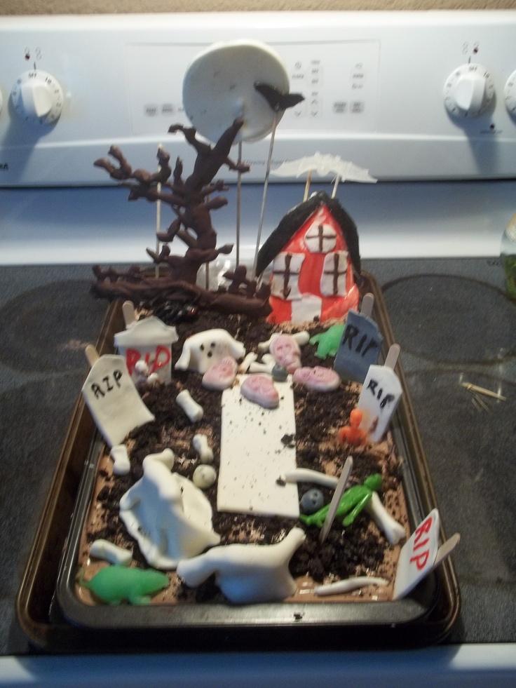 Dirt Cake Ideas For Halloween : Halloween dirt cake For the Fratesi Halloween ...