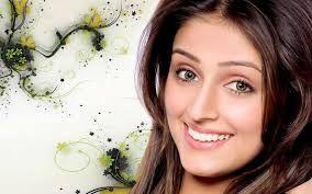 Born: November 21,1982 India  Zodiac: Scorpio  Height: 5 feet 4 inches  Biography: Aarti was...