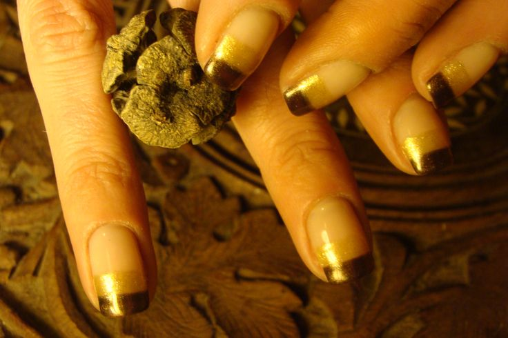 french manicure,brown,gold