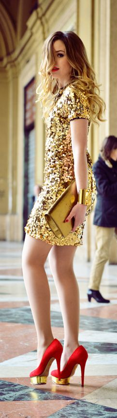 Gold sparkle dress, red pumps this could be my daughter! twins and the same clothes lol