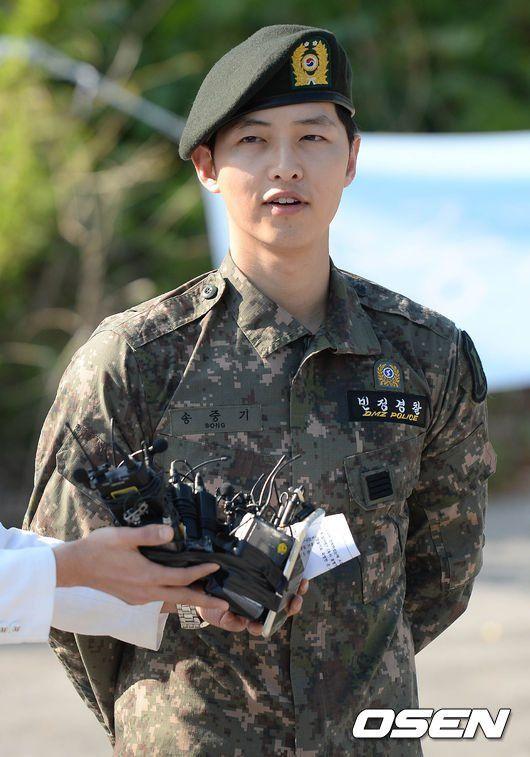 Welcome back, Song Joong Ki!