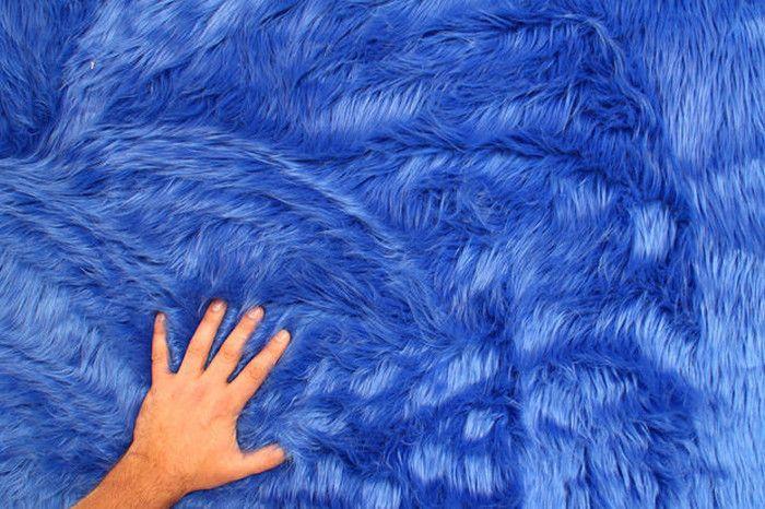 Предлагаю создать своими руками милый #коврик, напоминающий монстрика из детской передачи «Улица Сезам».