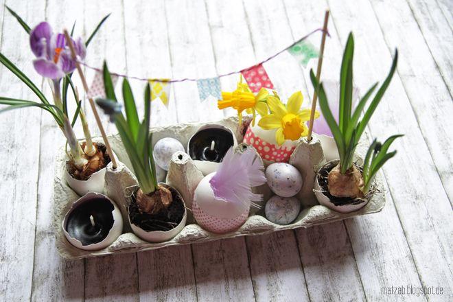Friss, natúr, húsvéti asztaldekoráció