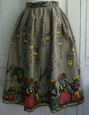 Novelty Print Travel skirt – Calypso Time! | The Vintage Traveler  http://thevintagetraveler.wordpress.com/2011/04/25/novelty-print-travel-skirt-calypso-time/