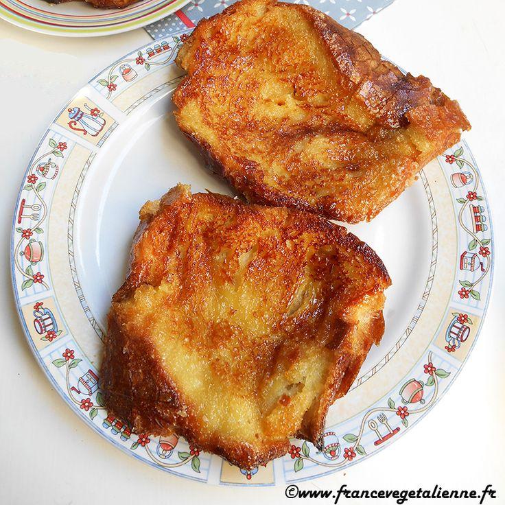 Le pain perdu est un grand classique de cette «cuisine des restes» que l'on se plaît à redécouvrir de nos jours. Il convient de disposer de pain bien rassis, que l'on trempera, pour sa version végétalienne, dans du lait végétal et de la crème végétale (pour remplacer le lait traditionnel et