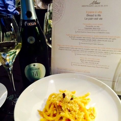 Food and wine pairing: Franciacorta Berlucchi 61 Saten with Fusilli, mackerel, tomatoes, basil and garlic breadcrumbs. As prepared by 3 Michelin Stars restaurant Enoteca Pinchiorri, Florence. #Berlucchimood