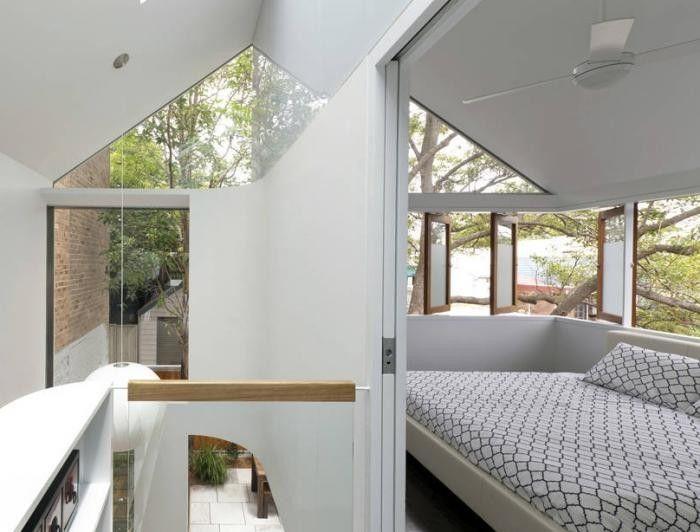 700_elliott-ripper-house-upstairs