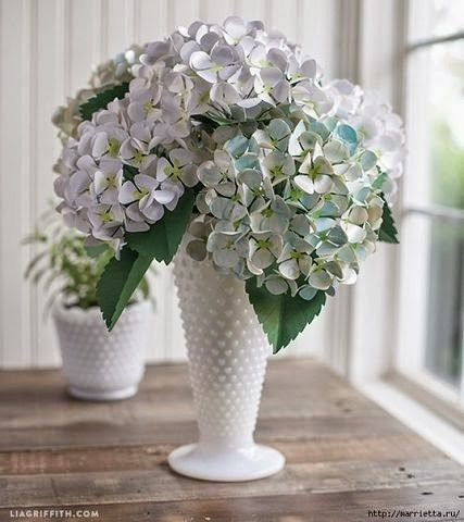 Cum să confecționezi un buchet de flori din hârtie colorată