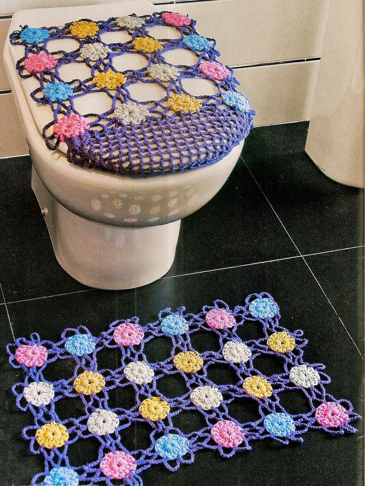 Crochet colorful bathroom set ❤LCB-MRS❤️ with diagram----- tapete croche…