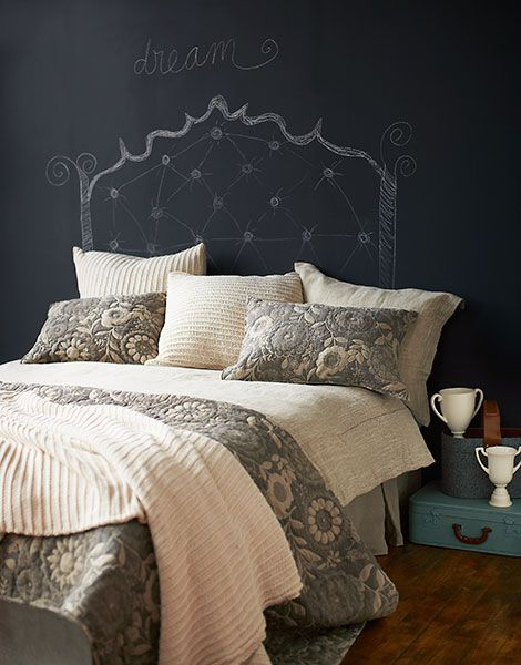 Gray Palladium Quilt Set : Floral quilt bedrooms and bedding
