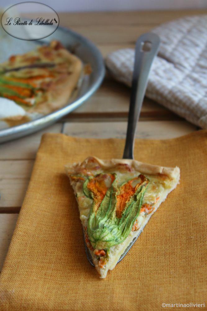 #Torta #salata con #fiori di #zucchina e #acciughe #ricetta #foodporn #gialloblogs