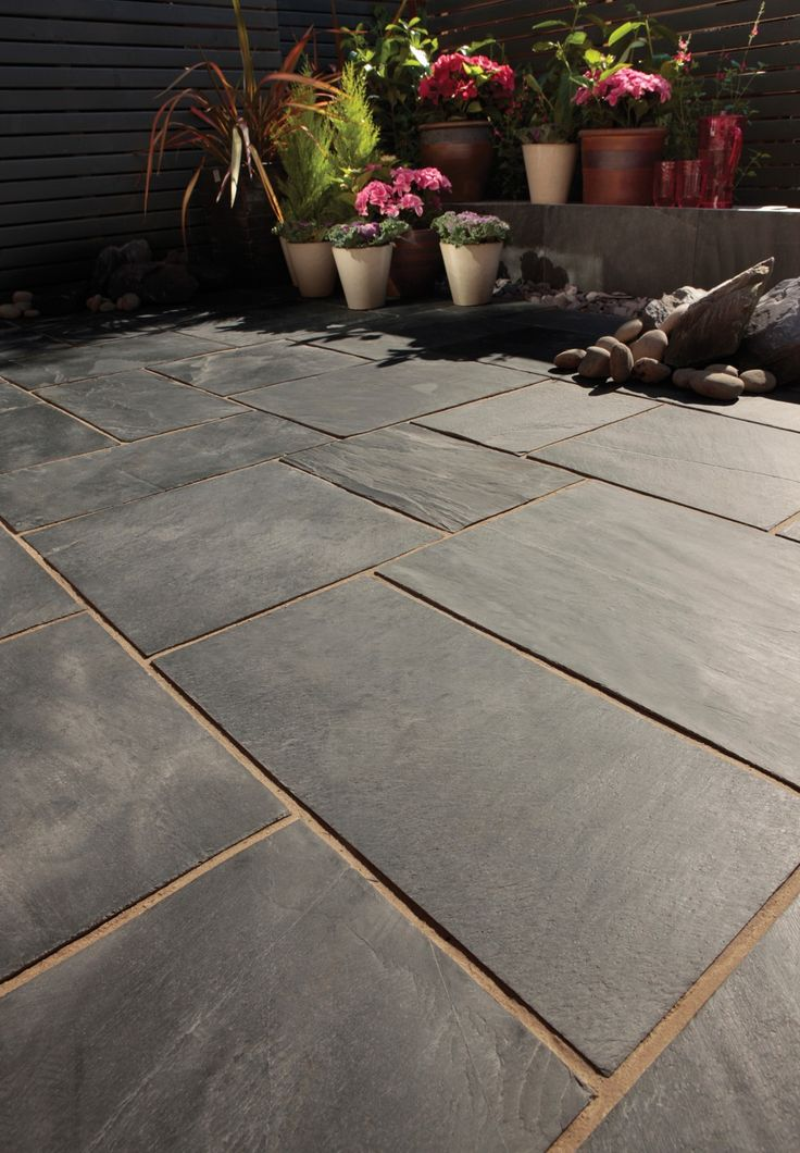 Bradstone, Natural Slate Paving, Blue Black, Patio Kit. Discount Paving at LSD.co.uk