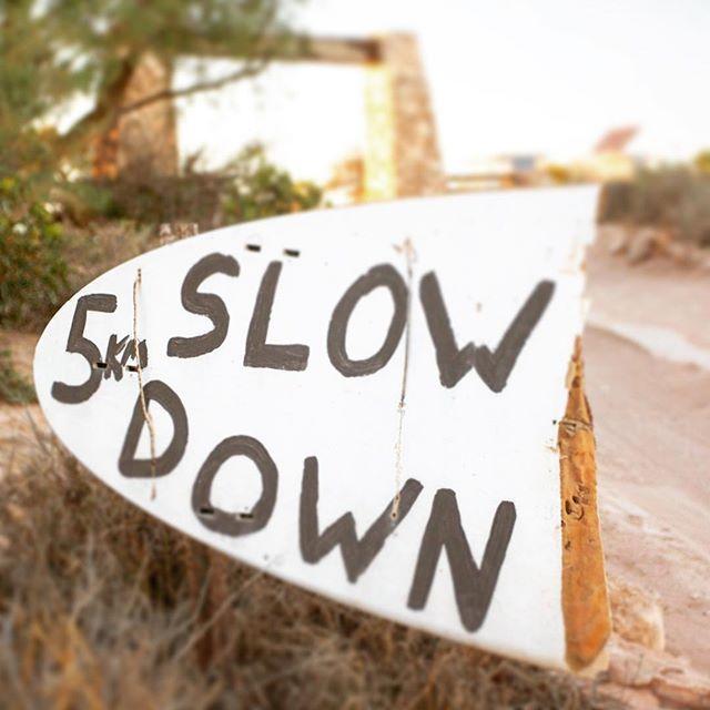 Slow Down....it's the weekend! #weekend #mindfulness #editorial #coolmagazine #slowlife #slowdown #weekendwarrior #roadtrip