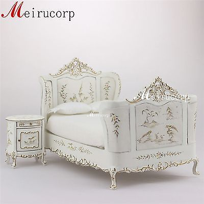 Fine-1-12-scale-dollhouse-miniature-painted-furniture-bed-and-bedside-table
