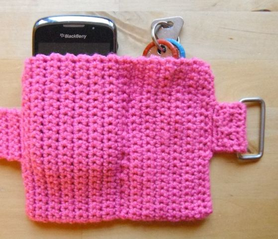 Running Armband (OR adjust the patter to make a belt-like pouch for phone, keys, wallet, etc. - Deb)