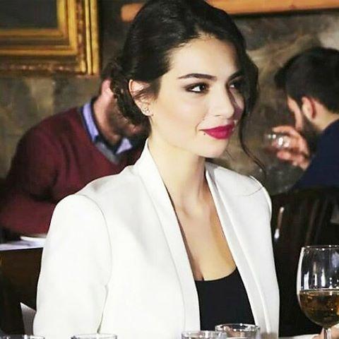 Melisa Aslı Pamuk (@aslimelisapamuk) | Instagram photos and videos
