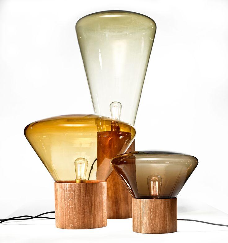 Fantastische lamp! Vooral die grote, helaas heel duur 1500 euro dus als iemand er nog eentje heeft liggen :-)