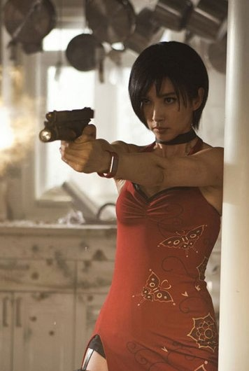I love how Ada looks in the movie!