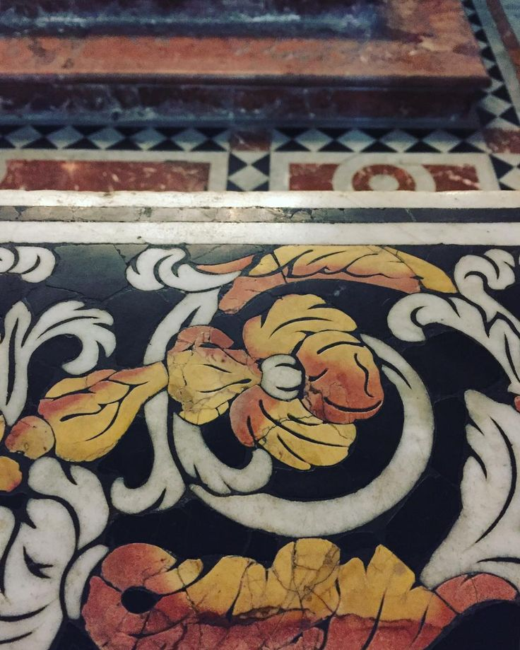 Details #stone #inlay #marble #design #designanddecoration #interiors #interiordesign #archilovers #architecture #palermo #sicilia #sicily #italy #italia #sarahrubytravels #dslooking