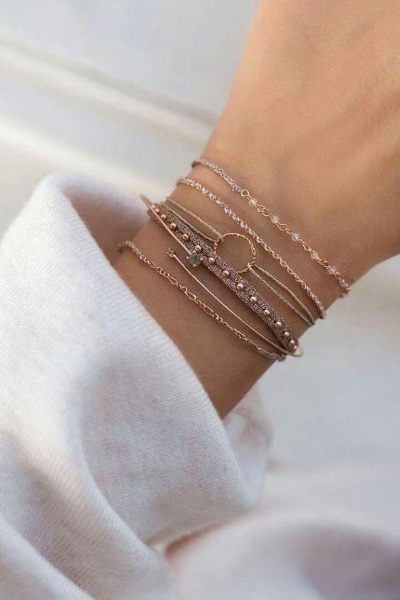 Hermosas joyas Encontrar las piezas de joyería adecuadas para su persona especial …