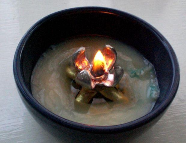 Billede af Lard lampe - en solid fedtforbrænder lavet af tabt voks støbning
