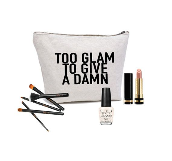 16 parasta kuvaa pinterestiss meikkilaukut couture. Black Bedroom Furniture Sets. Home Design Ideas
