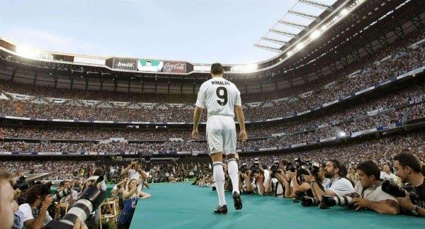 Banh 88 Trang Tổng Hợp Nhận Định & Soi Kèo Nhà Cái - Banh88.infoTin Tuc Bong Da -  Trong phát biểu mới nhất siêu sao người Bồ đã có những chia sẻ về sự nghiệp của anh khi còn là một cầu thủ trẻ và lý do thực sự khiến anh rời M.U.  Trước khi chuyển sang thi đấu cho Real Madrid cùng với bản hợp đồng kỷ lục 80 triệu bảng hồi Hè 2009 Cristiano Ronaldo đã từng có 6 năm gắn bó với Manchester United nơi anh giành được mọi danh hiệu cao quý nhất như cup FA 3 chức vô địch Premier League liên tiếp và…