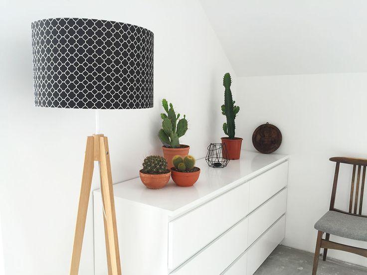 Koniczyna marokańska mała czarna – lampa podłogowa trójnóg #home #lamp #malm #ikea #wnętrza #lampa