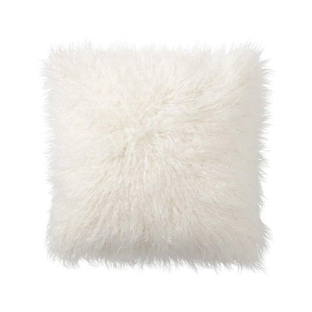 Pottery Barn faux Mongolian fur 26 x 26 pillow cover in ivory